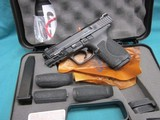 Smith & Wesson Model M&P40 2.0 Compact 13Rd.