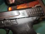 Smith & Wesson Model M&P40 2.0 Compact 13Rd.New in box - 4 of 5