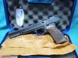 """Smith & Wesson Model 41 .22LR.7 """" new in box"""