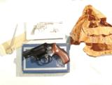 EARLY S&W MODEL 42 AIRWEIGHT REVOLVER IN IT'S ORIGINAL BOX - 2 of 6
