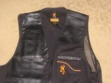 New X-Large Browning Shooting Vest - 2 of 4