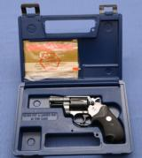 COLT - Detective Special - .38 - - Late Model - MINT - As New with Box and Papers !