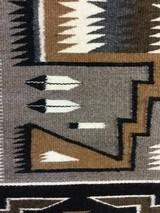 Authentic Navajo Rug, Teec Nos Pos - 5 of 9
