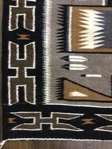 Authentic Navajo Rug, Teec Nos Pos - 4 of 9