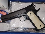 Colt special combat custom - 3 of 9