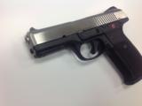 Ruger SR9 9mm - 2 of 5