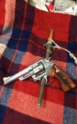 Smith & Wesson M-629 - 1 of 10