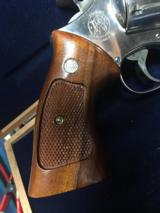 SMITH & WESSON MODEL 27-2 - 2 of 7