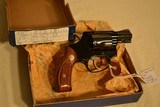 Smith & Wesson M-37 Chiefs Special Airweight -.38 cal - 4 of 5