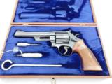 1965 Smith Wesson 57 Coke Grips In The Case