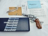 "1988 Smith Wesson 60 3 Inch NIB "" Rare Factory Combats Grips ""