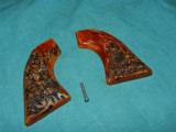 Colt SAA VINTAGE STAG GRIPS - 1 of 2