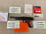 Pneu-Dart Crosman Syringe Dart Shooter Model 179B - excellent w/accessories