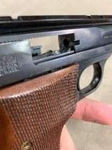 S&W Model 46 .22lr Pistol - excellent - - 6 of 7