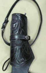 Right hand Black Fast Draw Tooled Leather Holster Rig for .44/.45 Caliber with 38 Inch Belt - 2 of 6