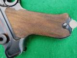 MAUSER WWII LUGER – 42 CODE IN COLLECTOR GRADE WITH LEATHER - 6 of 9