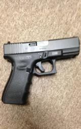 Glock 23 Gen 4 - 3 of 4