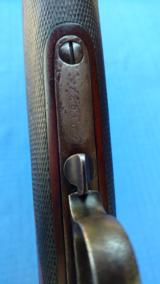 """WINCHESTER MODEL 1873 - 20"""" SHORT RIFLE - FACTORY ENGRAVED - SET TRIGGER- CHECKERED DELUXE WOOD-44-40 CAL. AND SPORTING SIGHTS -LETTRS ALL THE- 9 of 15"""