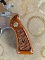 """S&W model 63 22 cal. """" KIT GUN """" new in the box ! - 4 of 15"""