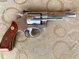"""S&W model 63 22 cal. """" KIT GUN """" new in the box ! - 3 of 15"""