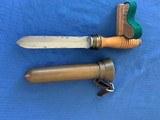 U . S . NAVY WW2 Divers Knife with BRASS Scabbard - 2 of 12
