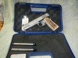 Smith & Wesson 1911 CT SS .45 ACP.