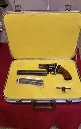 Dan Wesson 357 MAG ** CASE **