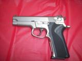 SW MODEL 5906WITH NITE SITES, TWO FACTORY HIGH CAP MAGS, BX - 6 of 6