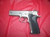 SW MODEL 5906WITH NITE SITES, TWO FACTORY HIGH CAP MAGS, BX - 1 of 6