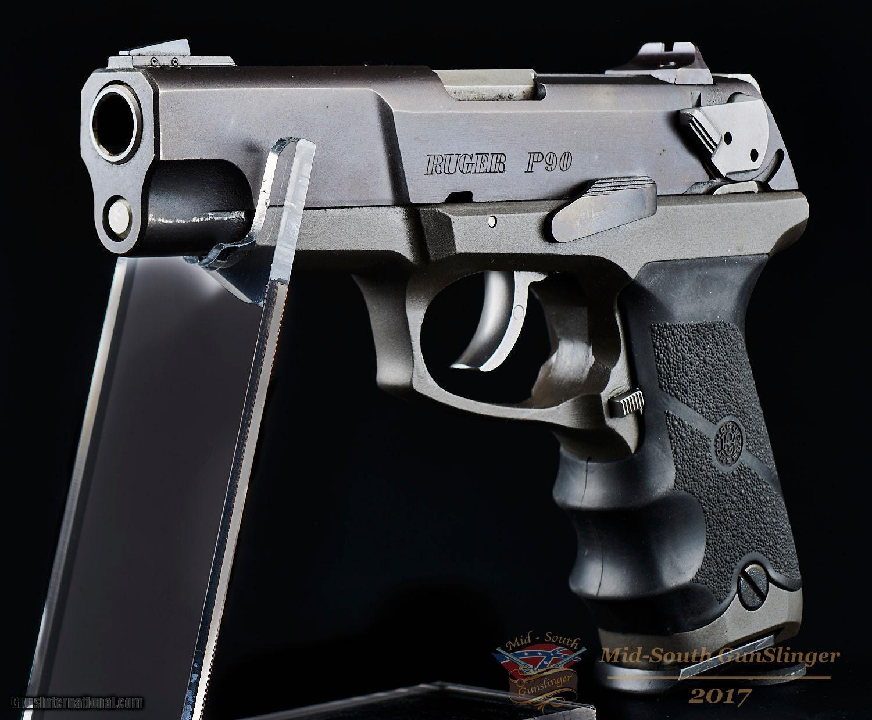 Sturm Ruger P90