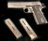 Smith & Wesson 1911 45acp Stainless