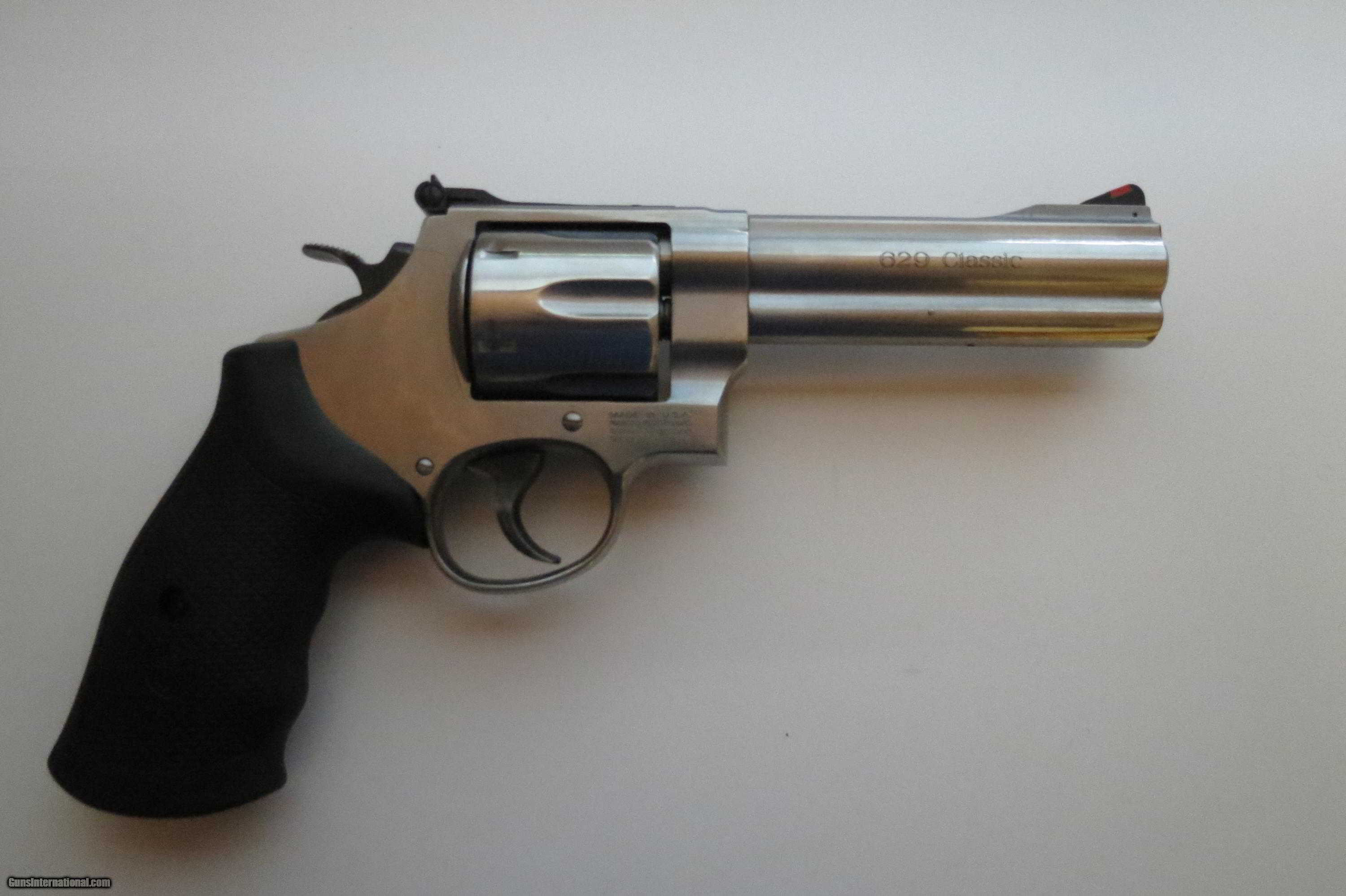 Smith & Wesson 629-6 44 Mag. 5