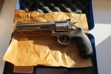 new in box smith & wesson m648 2 in 22 wmr