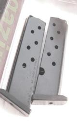 Beretta 3032 Tomcat .32 ACP Factory 7 Shot Magazine 2011 MDS Production NIB Blue & Stainless Pistols Not for Titanium 3032 - 3 of 10