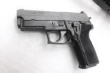 Sig 9mm P229R P229 Nitron & Stainless 16 Shot P228 type Compact NIB Sig Sauer 2 Factory Magazines 3 Dot Rail E29R9B- 1 of 13