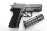 Sig 9mm P229R P229 Nitron & Stainless 16 Shot P228 type Compact NIB Sig Sauer 2 Factory Magazines 3 Dot Rail E29R9B- 13 of 13