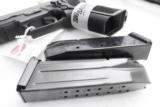 Sig 9mm P229R P229 Nitron & Stainless 16 Shot P228 type Compact NIB Sig Sauer 2 Factory Magazines 3 Dot Rail E29R9B- 9 of 13