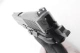 Sig 9mm P229R P229 Nitron & Stainless 16 Shot P228 type Compact NIB Sig Sauer 2 Factory Magazines 3 Dot Rail E29R9B- 6 of 13