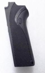 Smith & Wesson Factory Grip 3913 Compact 9mm Pistols New from Bulk, Fits models 3913 3914 3953 908 908S 203560000 - 1 of 9
