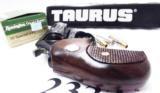 Taurus .38 Special +P Model 85 Blue Steel Snub with Walnut Combat Grips Smith & Wesson Model 36 Chief's Special copy Snub Nose 38 Spl 2 inch 21 oz Exc - 11 of 15