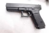Glock 10mm Model 20 Slim Frame 16 Shot with 2 15 round magazines NIB M20 PF2050203 - 1 of 13