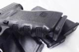 3 Glock Factory Magazines .40 S&W model 22 or .357 Sig model 31 New 10 Shot- 9 of 13