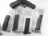 3 Glock Factory Magazines .40 S&W model 22 or .357 Sig model 31 New 10 Shot- 1 of 13