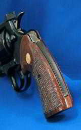 Colt I Frame Python Walnut Checkered Grips with Medallions - 3 of 3