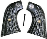 Ruger New Vaquero 2005 Imitation Jigged Buffalo Horn Grips With Medallions