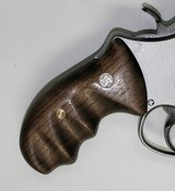 Smith & Wesson N Frame Smooth Walnut Combat Grips, Round Butt - 4 of 7