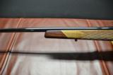 Weatherby Mark V Deluxe .270 Wby. Mag. - 2 of 11