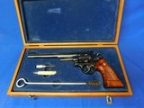 Smith & Wesson 27-2 8 3/8in 3 T's 357 Magnum w/ original wood case Collectors grade 1977