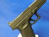 Glock G22 Gen 4 40S&W - 7 of 23