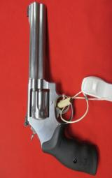 Smith & Wesson Model 617 22LR 6